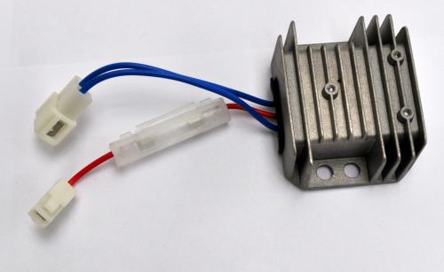 12 volt charge regulator KDE6700TA